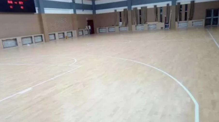 运动实木地板